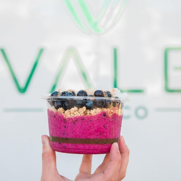 An açaí bowl from Vale Food Co. will leave your body feeling happy and healthy! #Repost from @valefoodco_tlh
